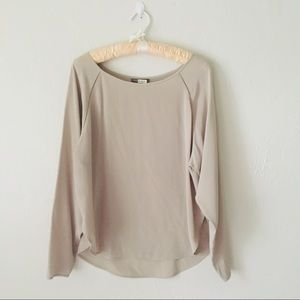 Vince Silk Scoop Neck Tope Long Sleeve Blouse M